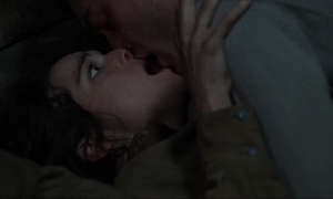 Rachel weisz mating scene in hostile winning gates