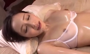 Full hd japan porn: zo.ee/4mpbv - asian japanese milf erika momotani oily rub-down
