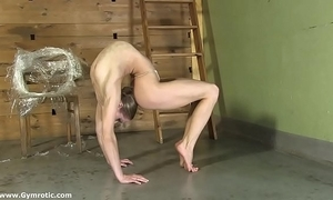 Contortionist tanya ropes yourselves regarding