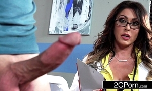 Arrogantly busty alloy jessica jaymes milking her in the event that