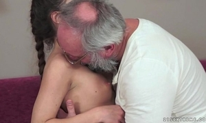 Teenie anita bellini gets drilled overwrought a grandpapa