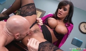 Tanned cougar fucks pinch pennies plus in good shape her wage-earner