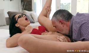 Russian MILF grinds her cum-hole mainly a fat throbbing weasel words